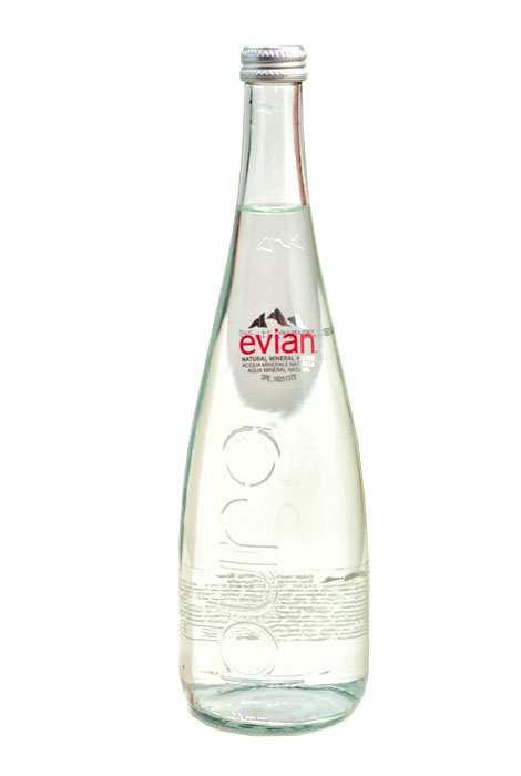 Evian woda mineralna 700ml