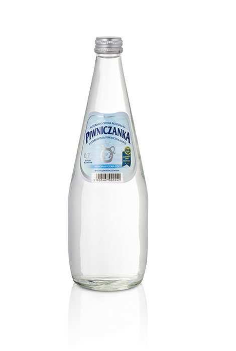Woda Piwniczanka Niegazowana Wysokozmineralizowana 700 ml w szklanej butelce